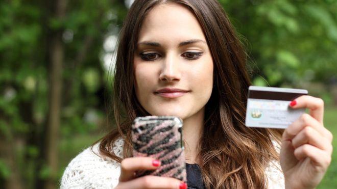 ¿Es posible manejar todas tus finanzas desde un teléfono inteligente?
