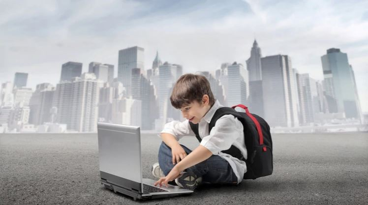La tecnología humaniza la educación