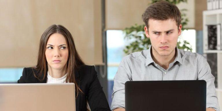 Compañeros de trabajo tóxicos provocan más estrés que un mal jefe